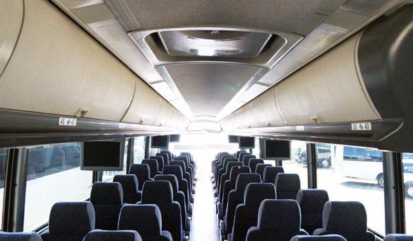 2010 mci j4500 unit 18x017 a z bus sales inc - Commercial van interiors locations ...