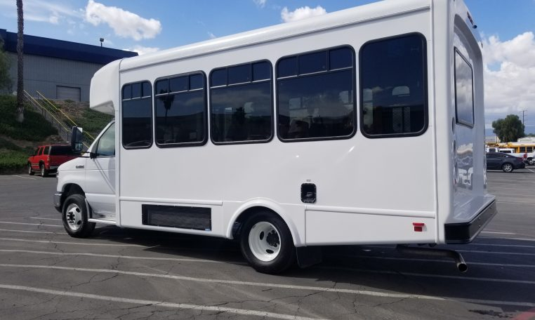 2019 Glaval Universal Shuttle Bus – Unit 19C015